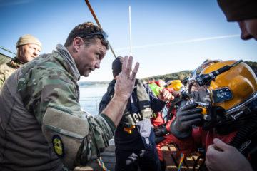 I ett projekt som Svenska institutet delfinansierar över sex länder övar färjekatastrof på Östersjön