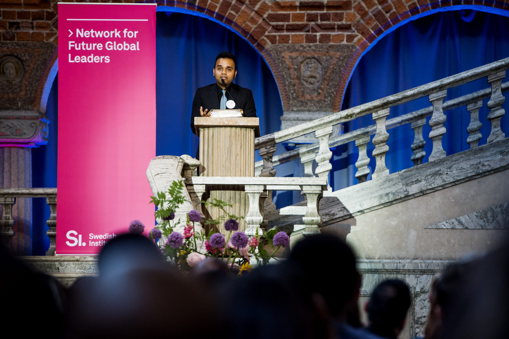 Previous SI scholarship holder Moyukh Chowdhury is giving speech at the SI Diploma Ceremony 2018 at the Stockholm City Hall.