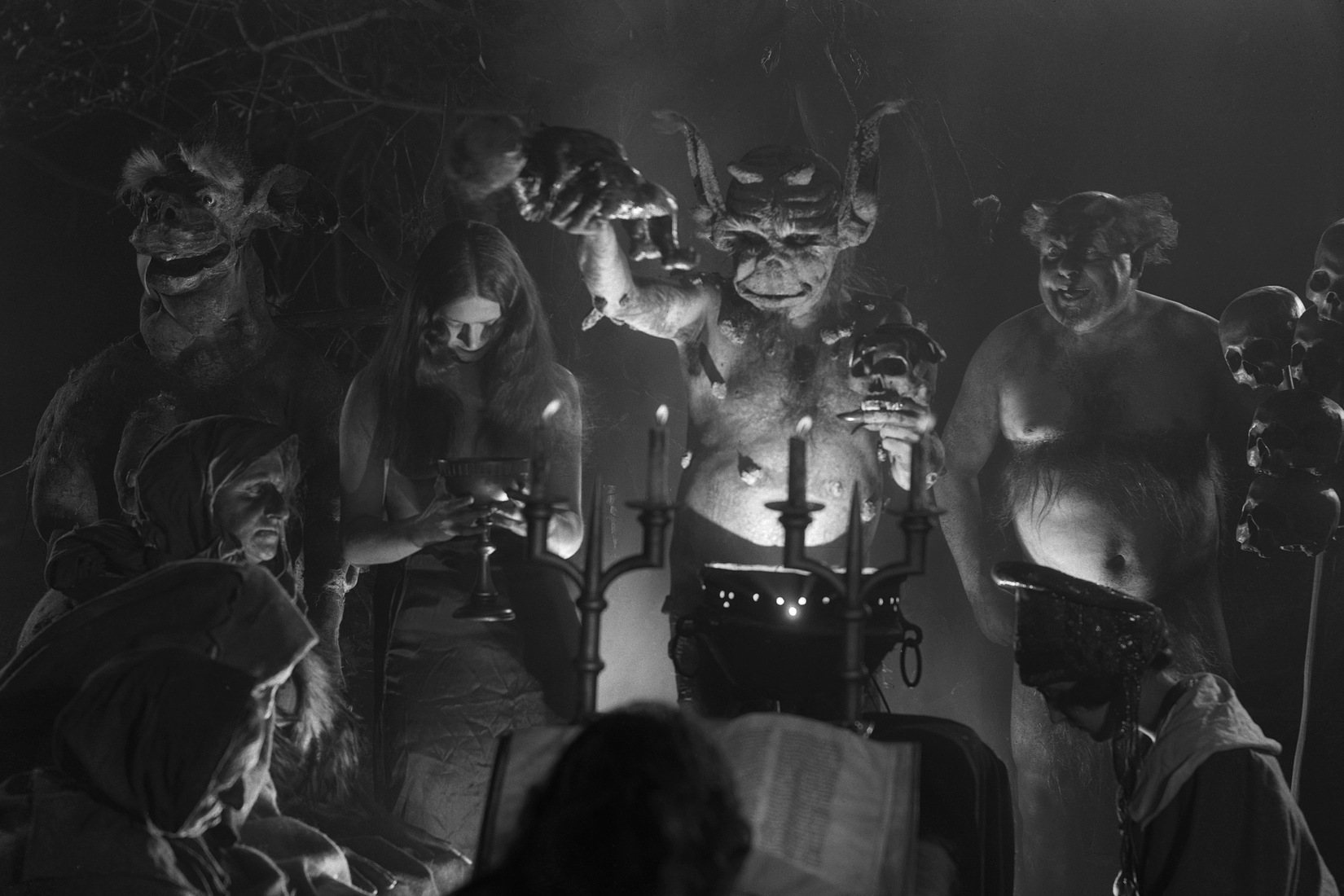 A ceremony with witches and demons - picture in black and white from the fim Häxan